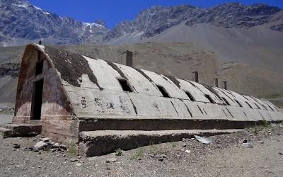 Las Cáscaras, refugio de los constructores del Embalse el Yeso.